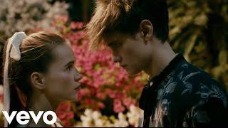 Rio Roma ft. CNCO - Princesa(Video Letra) 2017 Estreno