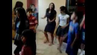 Dança do Canguru - Aline Barros & Cia 3