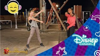 LOS DESCENDIENTES 2 Tutorial de baile - What's My Name | Disney Channel Oficial