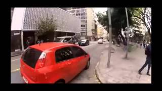 Acidente do KLE621 com o Punto vermelho narrado pelo [GOOGLE TRADUTOR] [ORIGINAL]