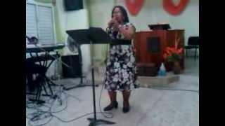 Alabanzas de adoración por la hermana Clara Vivenes de la Iglesia Metodista Libre Oasis de amor