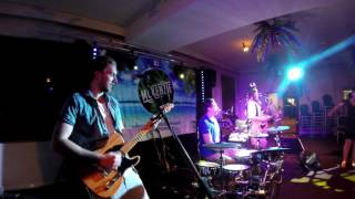 McKenzie Cover Band Live At Waikerie Club