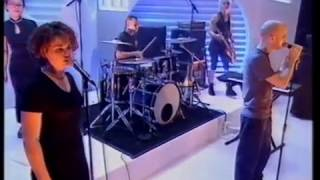 Moby - Natural Blues - Top Of The Pops - Friday 17 March 2000