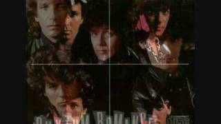 The Romantics - She's Got Everything.