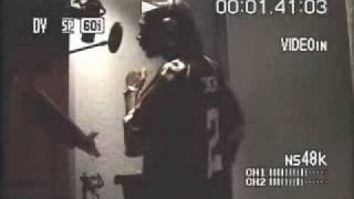 Krayzie Bone doin his verse to pump pump off of thug world