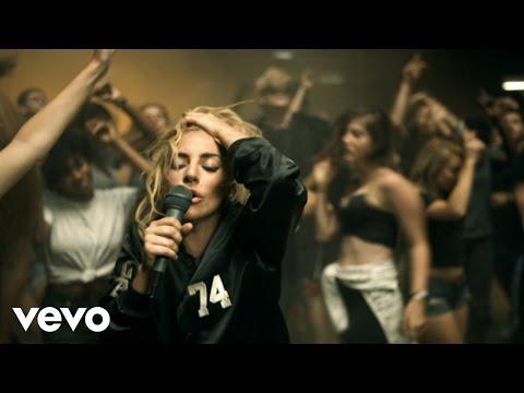 Lady Gaga - Perfect Illusion videoclip