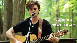 """Vance Joy performs """"Lay It On Me"""" Live at WayHome"""