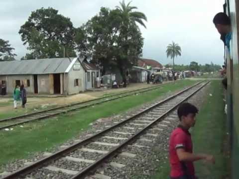 Bangladesh Railway Kalni Intercity Express Crossing with Parabat Intercity Express.MP4