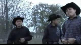 Las huellas - Revolucion Juvenil Duranguense  (PISTA)