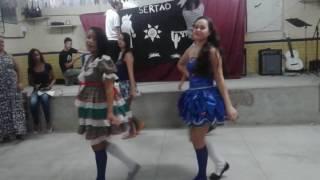 Rei do baião (Luiz Gonzaga) o xote das meninas (sarau  emegd coreografia Laisla Andrade)