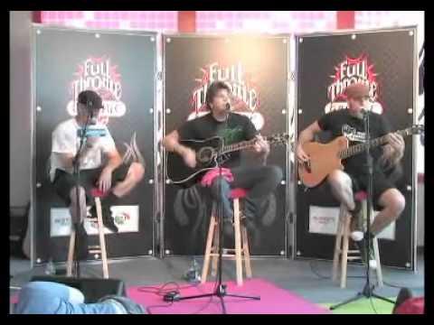 crossfade-invincible-acoustic-971-the-eagle-performance-2006-crossfadetube