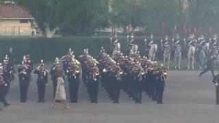 Reina Sofía pasando revista a las tropas (Jura Bandera 2016 Madrid)