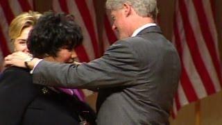 Singer Aretha Franklin Receives National Arts Medal