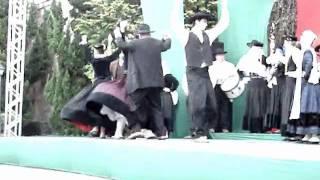 Apresentação do Rancho Etnográficos de Danças e Cantares Arouquense no Hopi Hari