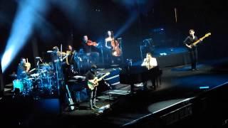 PDA - John Legend (Live in Manila)