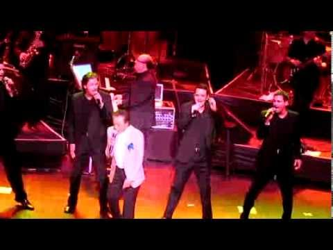 frankie-valli-the-four-seasons-december-1963-oh-what-a-night-live-2013-cal-vid