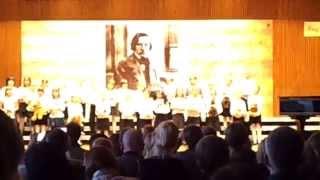 """""""Nam się nie chce spać"""" w wykonaniu klas 1. /6 na Koncercie Inauguracyjnym 2015 PSMuz1w Wa-wie"""