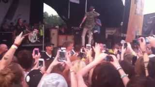 Sleeping With Sirens-Alone ft MGK live @ Warped Tour Pittsburgh 2013