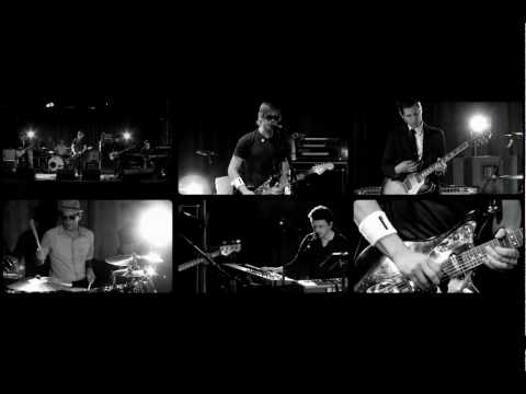 interpol-take-you-on-a-cruise-live-pitchfork-tvs-pov-session-nemogp