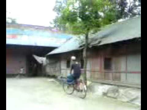 Mahfuz Ullah Rickshaw cholay in Nobo gram shorkamta Noakhali Bangladesh