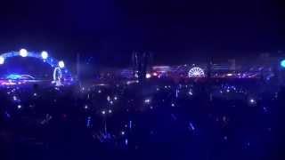 Rune RK - Calabria (Firebeatz Remix) [Tiësto Live @ Electric Daisy Carnival 2014]