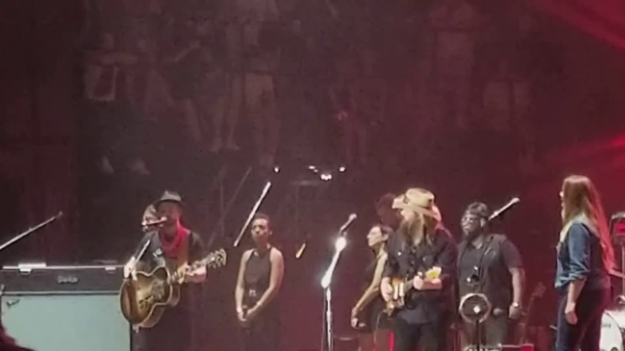 Where Can You Get Cheap Chris Stapleton Concert Tickets June