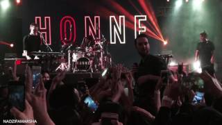 HONNE - Warm On A Cold Night live in Jakarta (7th Music Gallery)