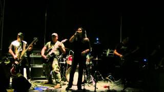 Puño de Metal interpretando For Whom The Bell Tolls en vivo @ Rockol Vuh