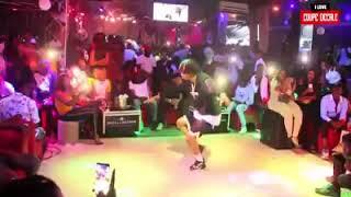 Grand duel sur le son Tchintchin entre Safarel et DJ Arafat width=