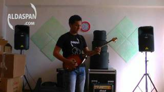acdc thunderstruck cover dombyra