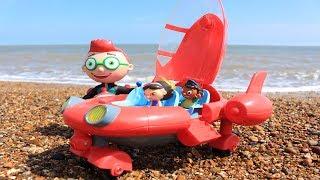 Little Einstein Rocket Ship At The Beach!