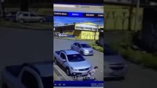 Ladrão rouba carro com alarme na facilidade - Especialista - menos de 3 minutos
