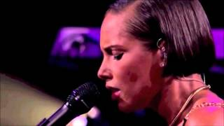 Alicia Keys - A Woman's Worth - Live in London 2012