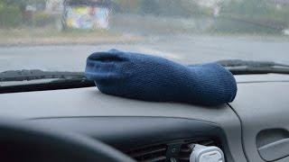 Jak se zbavit vlhkosti a zamlžených oken uvnitř auta