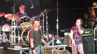 Pearl Jam: Leash [HD] 2010-05-20 - New York, NY