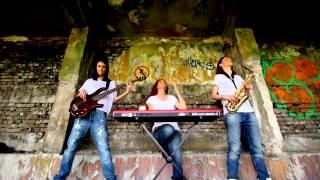 Paraplanner - Komari (Official video)