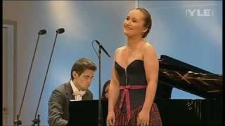 """Julia Lezhneva sings """"Daisies"""", op. 38 by S. Rachmaninoff"""