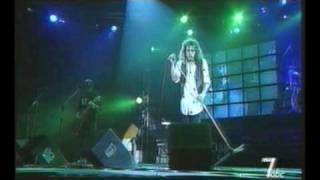 Iris - Pe ape [live Iris 20 de ani 1997]