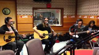 Hurricane - Thirty Seconds to Mars live at Radio Comercial, Portugal