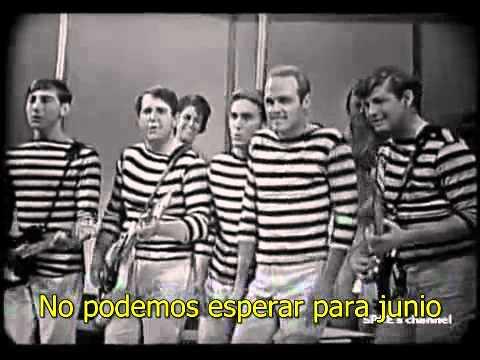 Surfin Usa En Español de Beach Boys Letra y Video