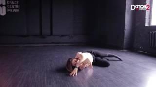 Dance2sense: Teaser - FKJ  - We Ain't Feeling Time - Mira Danko