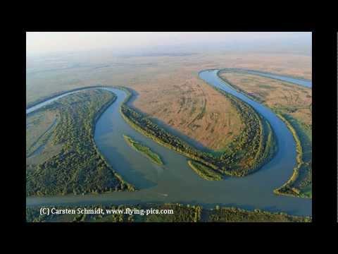 Schöne blaue Donau — Das Flusskunstwerk