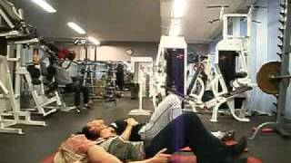 Superwoman & Anna  Train Abs At Gymbolaget!