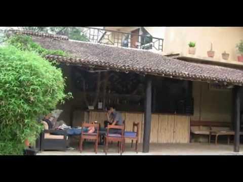Rejser Ferie Hoteller i Nepal Machan Paradise View Bharatpur Chitwan Nepal rejser Ferie
