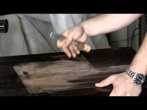 איך נסיר כתמים מרהיט עץ?