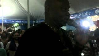 Efson cantando Brilha pra mim no Samba do Trabalhador de 15.10.12