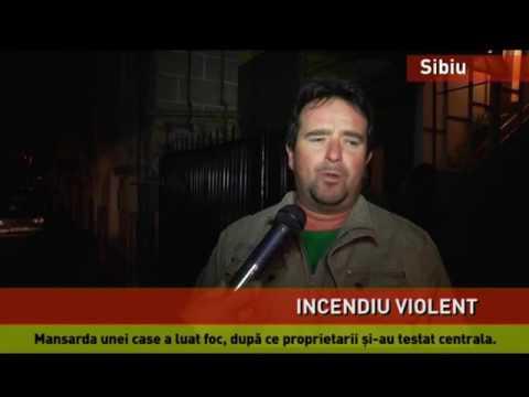 Incendiu violent la mansarda unei case