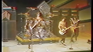 KISS - Deuce - The Midnight Special - 1975