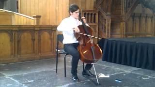 Jonathan Butler and his cello in Nieuwe Kerk - Open Heritage day width=