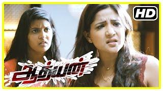 Adhyan Tamil Movie   Scenes   Sakshi Intro   Maheshwaran Informs Abhimanyu About Ghost In Flat